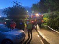 FW-SE: Großaufgebot der Feuerwehr bekämpft Carportbrand in Garbek Um 2:48 Uhr gingen zunächst nur in Garbek und Travenhorst die Sirenen. Die Feuerwehren wurde zu einem Carportbrand in den Eichenweg gerufen.