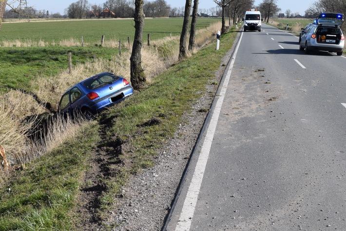 POL-WHV: Verkehrsunfall im Wangerland – Nach Überholmanöver in einen Straßengraben gefahren