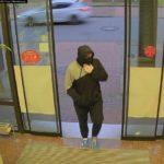 Heidekreis  POL-HK: Soltau:Überfälle an Geldautomaten: Polizei veröffentlicht Fotos des Täters