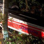 Stade: Notarzt auf Einsatzfahrt verunglückt - Fahrer durch Glück nicht schwerer verletzt