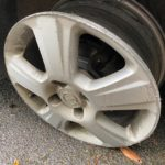 POL-HM: Opel fährt auf Felge durch Flegessen - Autofahrer stand unter Alkoholeinfluss